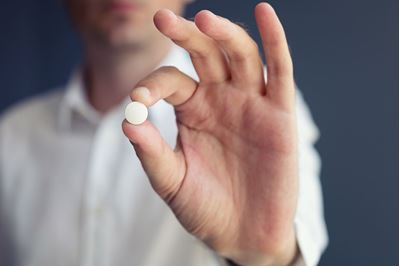 Simple Aspirin Could Slow Dementia