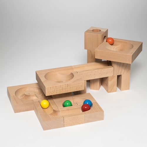 Picture of Deluxe Wooden Ball Track - Funnel XL (24 Piece)