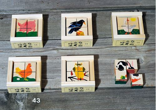 Picture of 4 Piece Wooden Cube Puzzle - Animals 2 Mini