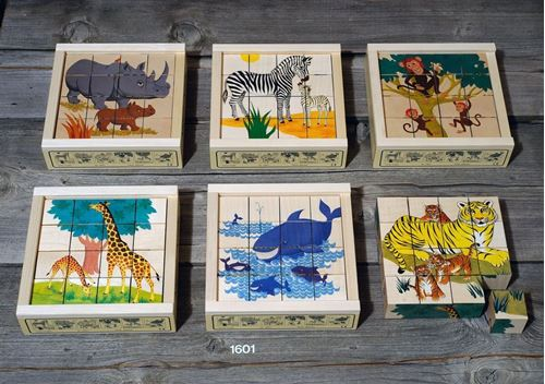 Picture of 16 Piece Wooden Cube Puzzle - Wild Animals
