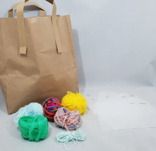 Sewing Mesh Kits (pack of 4), Kit includes: 4 x plastic mesh sheets, 4 x large-eye steel needles, assorted balls of yarn, storage bag.  Size: Mesh sheets (l) 17cm x (w) 12.5cm. Needles (l) 5cm  . Storage bag; (l) 30cm x (w) 21cm x (d) 11cm.