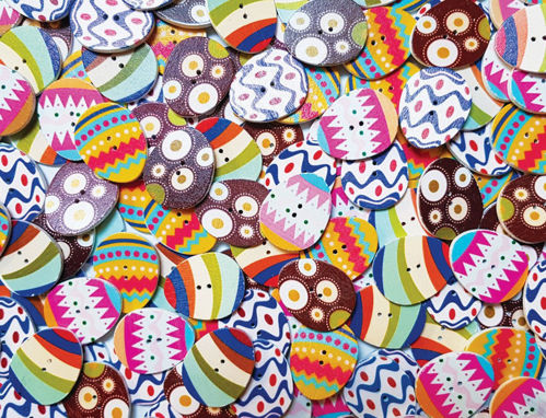 Picture of Egg-Shaped Wood Buttons (Pack of 25)