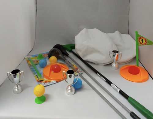 Golf Game Set, everything you need to host your own tournament, includes assorted clubs, balls and tee, hole and flag, trophies and stylish caps, size: various