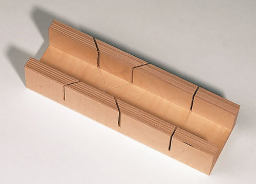 Cutting Guide for Craft Rod, wooden cutting guide for shaped craft wooden lengths, natural wood block, Size: (l) 25cm x (w) 7.5cm x (d) 5.3cm.