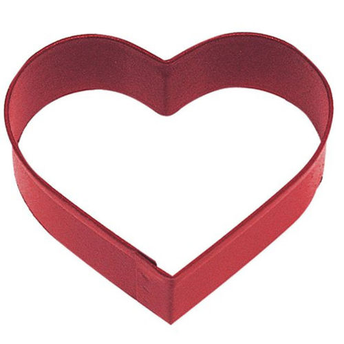 Heart Cookie Cutter, red metal cutter for cakes, biscuits and craft activities, Dishwasher-safe and chip-resistant.  Size: (w) 8.3cm.